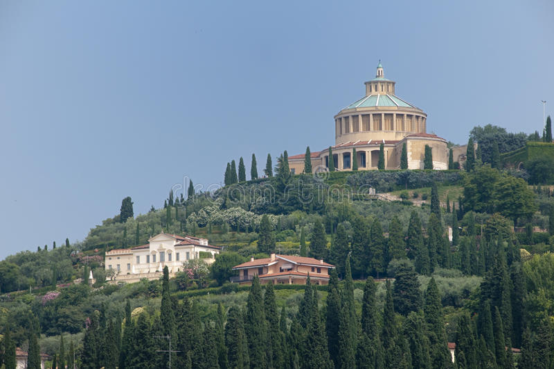 De heuvels van Verona stock afbeeldingen