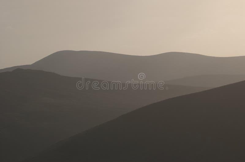 De heuvels van Wicklow bij schemer stock foto's