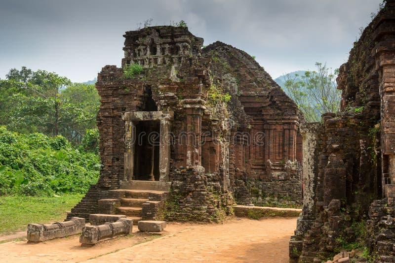 De Hindoese Tempel bij Mijn Zoon, Vietnam bouwde tijdens Champa-Koninkrijk royalty-vrije stock afbeeldingen