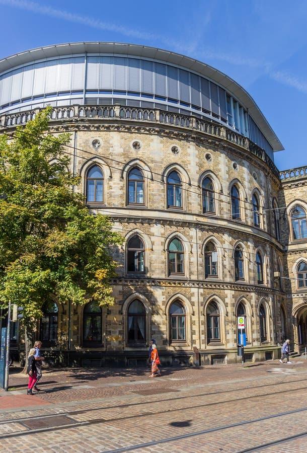 De historische bouw bij a cobblestoned straat in Bremen royalty-vrije stock afbeelding