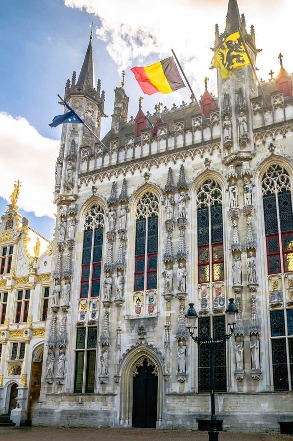 De historische bouw in het centrum van Brugge België stock afbeeldingen