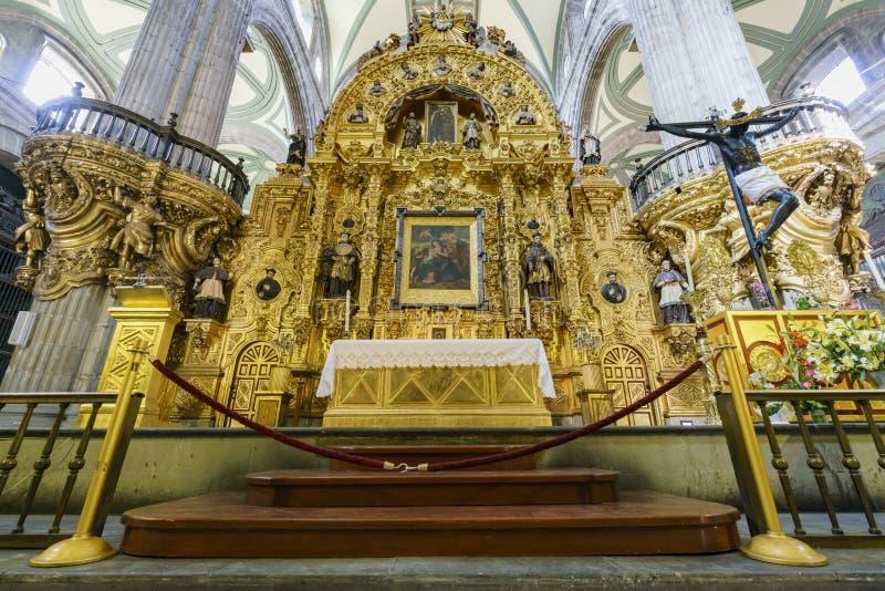 De historische Metropolitaanse Kathedraal van Mexico-City royalty-vrije stock afbeeldingen