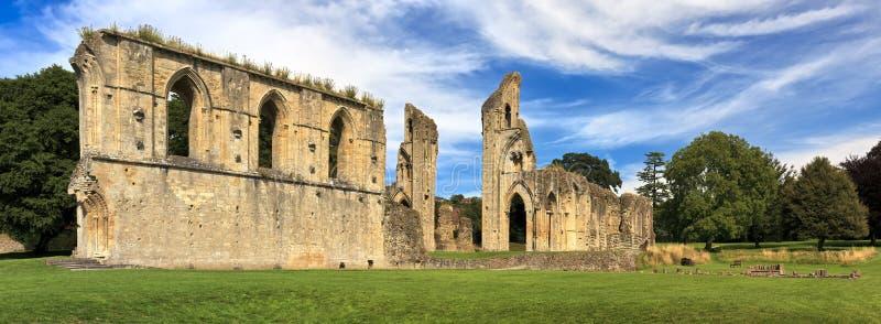 De historische ruïnes van Glastonbury-Abdij in Somerset, Engeland, het Verenigd Koninkrijk het UK royalty-vrije stock fotografie