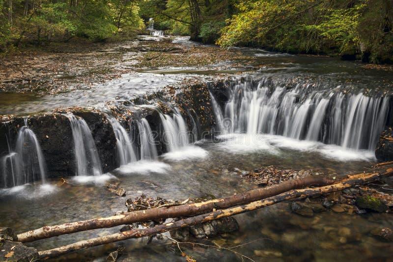 De hoef valt waterval op de Elidir-Sleep Wales stock fotografie