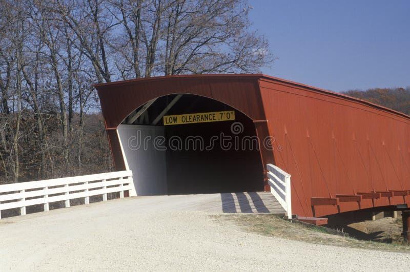De Hogback Behandelde Brug in Madison County, Iowa royalty-vrije stock foto