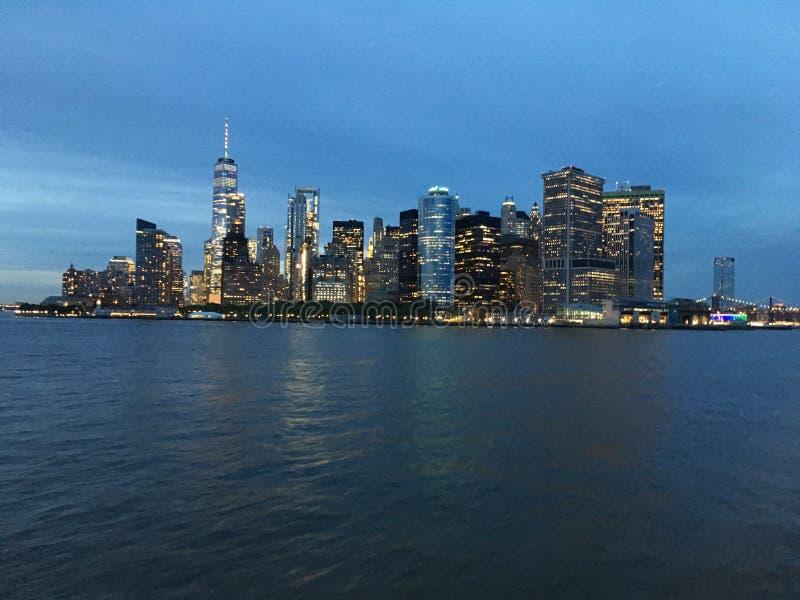 De hogere Baai van New York tijdens Zonsondergang in Juni in New York, NY stock foto's