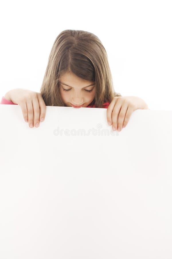 De holdingsaanplakbord van de tiener/leeg teken. royalty-vrije stock afbeeldingen