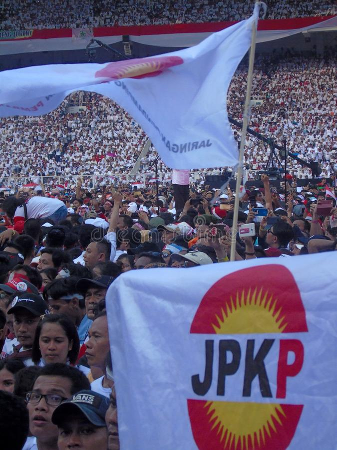 De honderdduizenden mensen wonen Jokowi bij - Ma 'ruf Amin campagne in Senayan royalty-vrije stock afbeelding