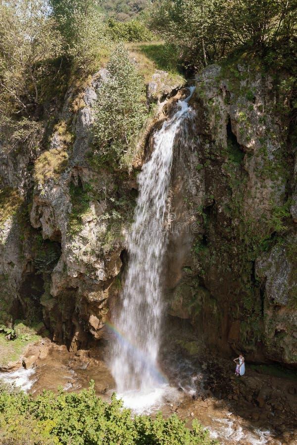 ` De Honey Waterfalls de ` dans Karachay-Cherkessia, Russie, le 21 août 2016 photos stock