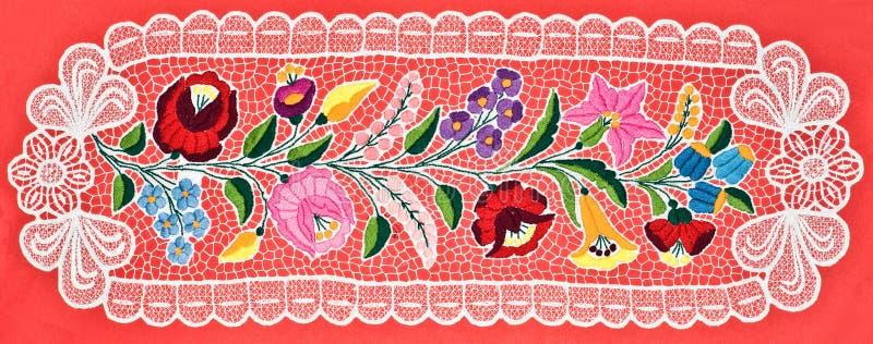 De Hongaarse doek van de borduurwerklijst stock fotografie