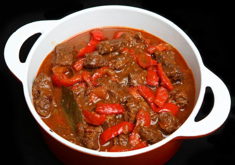 De Hongaarse Hutspot van het Goelasjrundvlees royalty-vrije stock afbeeldingen