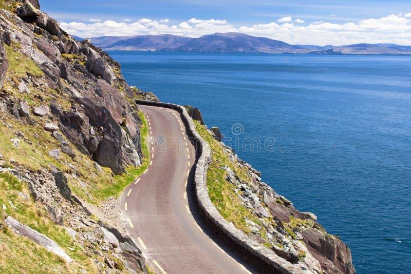 De hoofdAandrijving Slea van het schiereiland in Ierland. stock foto