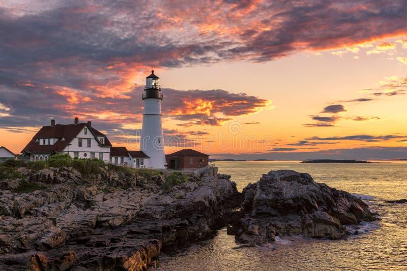 De Hoofdvuurtoren van Portland bij zonsopgang stock fotografie