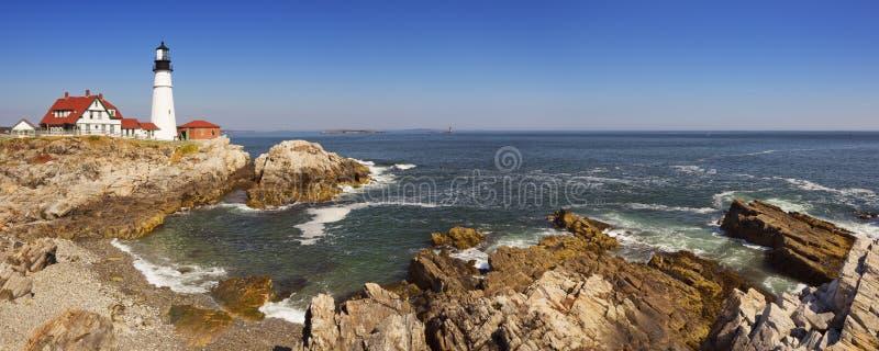 De Hoofdvuurtoren van Portland, Maine, de V.S. op een zonnige dag stock foto