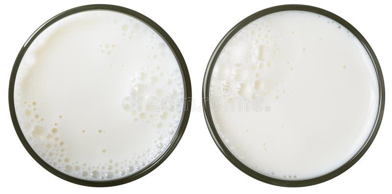 De hoogste geïsoleerde mening van het melkglas royalty-vrije stock foto