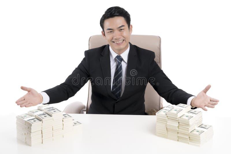 De hoogste mening van jonge zakenman toont kinetisch gedrag om uit te nodigen met royalty-vrije stock foto