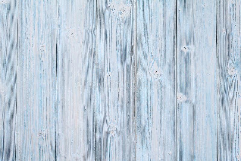 De hoogste mening of vlak legt van blauwe houten planken, rustiek behang met exemplaarruimte, klaar voor het kloppen of spot stock foto