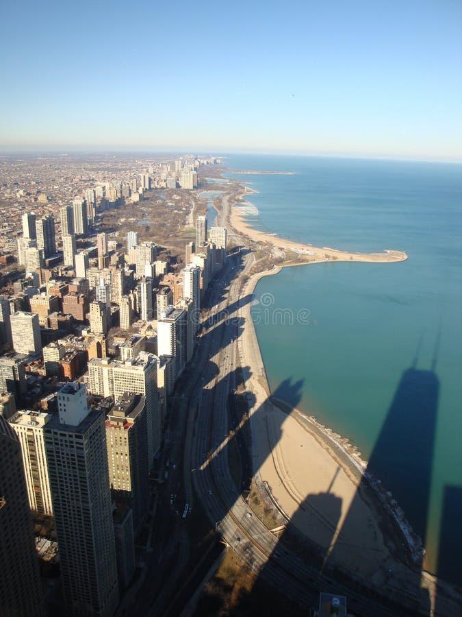 De horizon van Chicago in schaduwen stock foto's