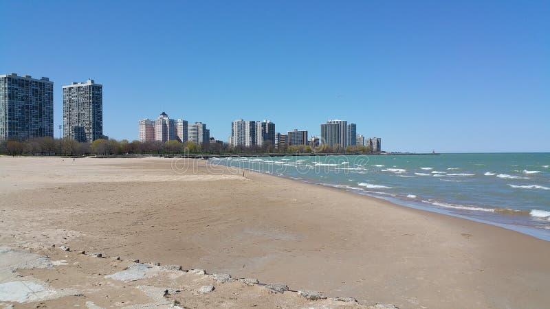 De horizon van Chicago van strand stock afbeelding