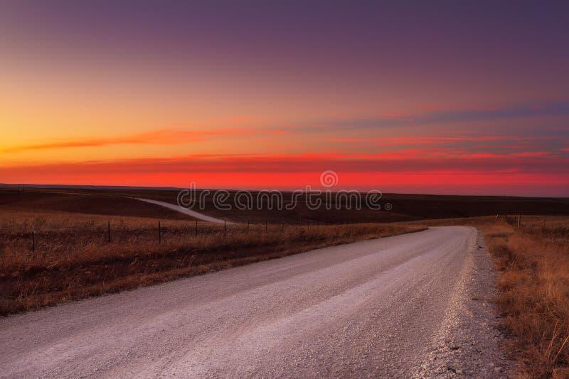 De horizon van de het grintweg van het land stock foto