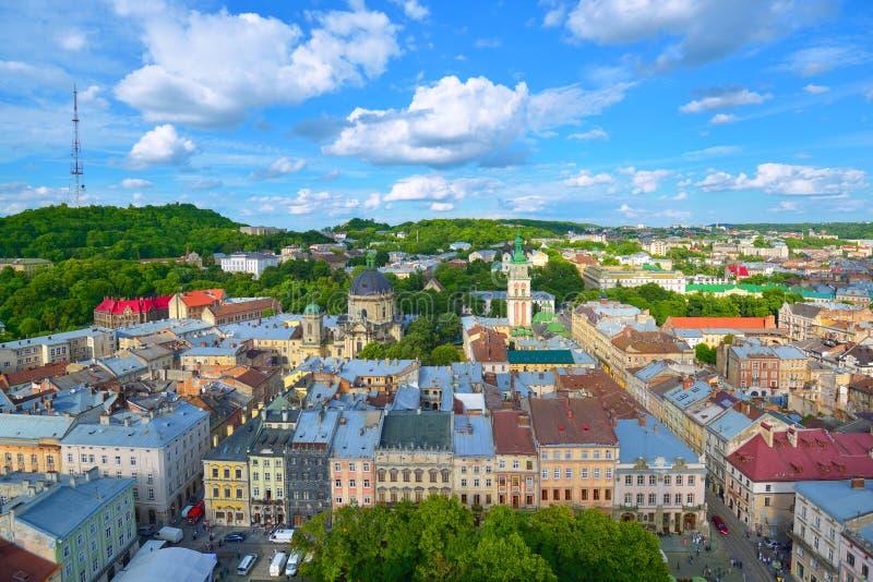 De horizon van de Lvivstad royalty-vrije stock afbeeldingen