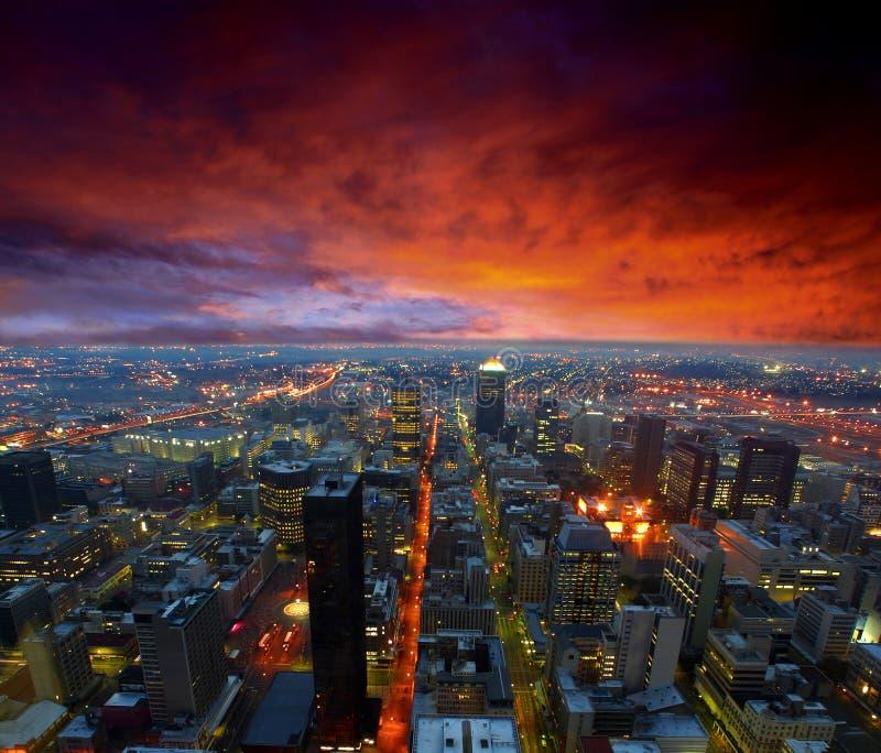 De horizon van de stad