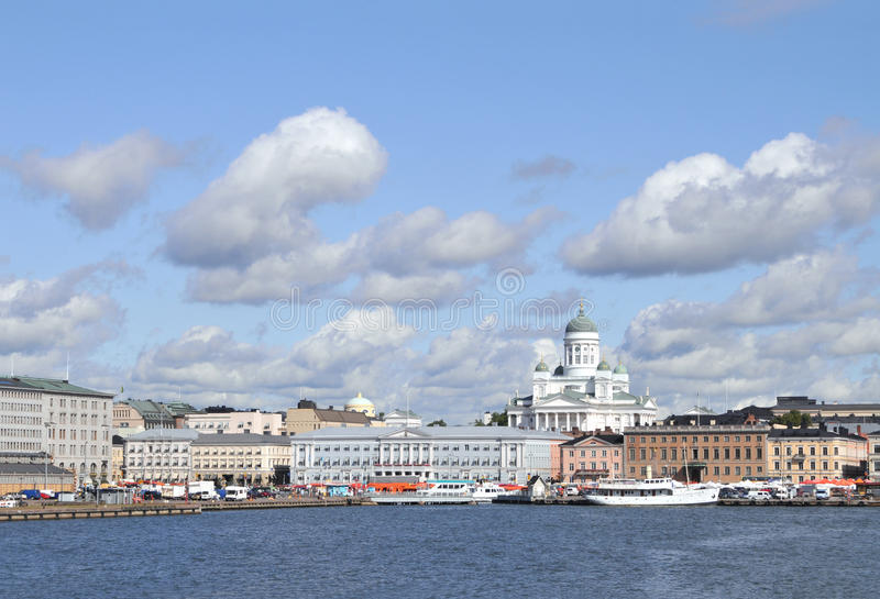 De horizon van Helsinki stock fotografie