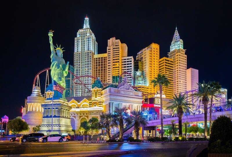 De horizon van Las Vegas bij nacht, Nevada, de V.S. wordt verlicht die stock foto's