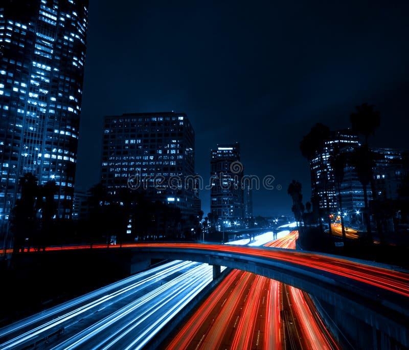 De Horizon van Los Angeles bij Nacht stock afbeeldingen