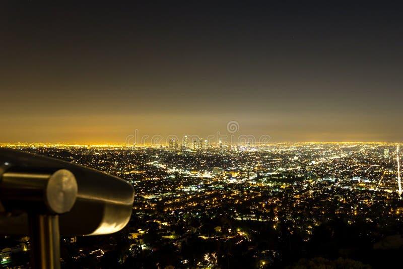 De horizon van Los Angeles bij nacht van Griffith Observatory stock fotografie