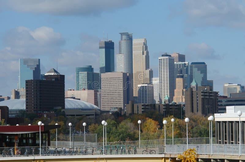 De horizon van Minneapolis van Uof M royalty-vrije stock fotografie