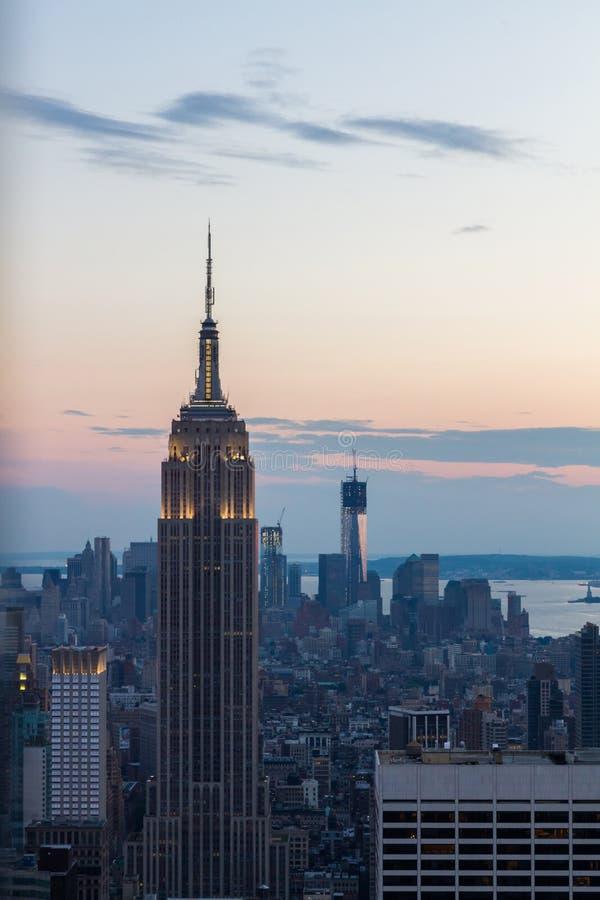 Download De Horizon Van New York, De V Redactionele Stock Afbeelding - Afbeelding bestaande uit nieuw, stad: 54075584