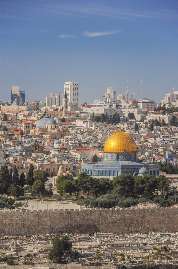 De horizon van de Oude Stad bij de Westelijke Muur en de Tempel zetten in Jeruzalem, Isra?l op royalty-vrije stock fotografie