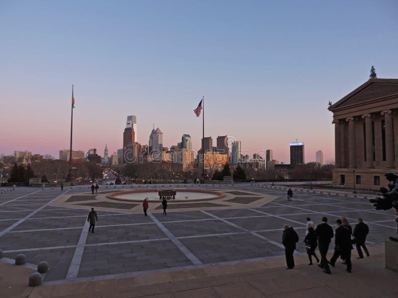 De Horizon van Philadelphia bij Zonsondergang royalty-vrije stock afbeeldingen