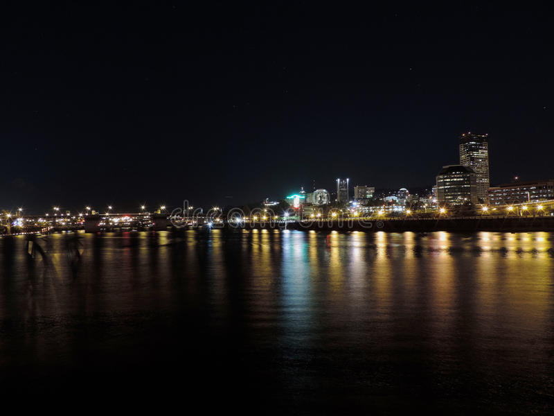 De Horizon van Portland bij nacht royalty-vrije stock foto