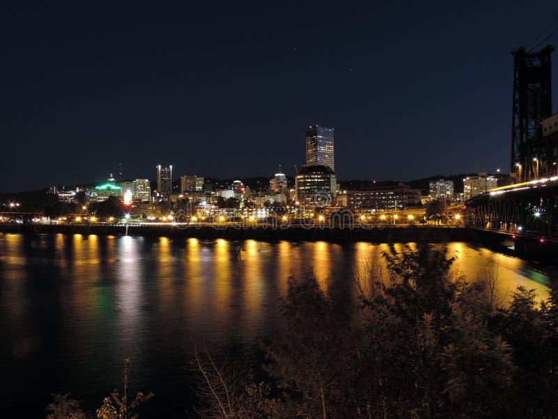 De Horizon van Portland bij nacht stock foto