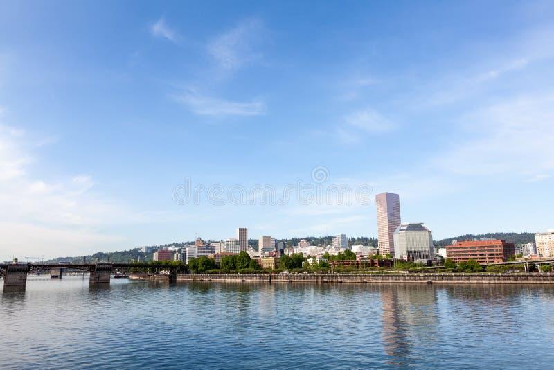 Download De Horizon Van Portland, Oregon Stock Foto - Afbeelding bestaande uit portland, waterfront: 39109036