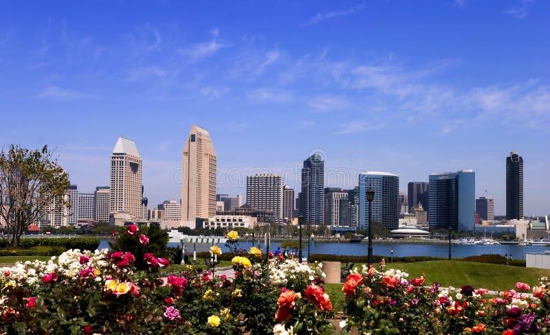 De horizon van San Diego tegen dag royalty-vrije stock afbeelding
