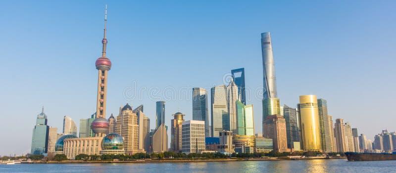 De horizon van Shanghai Pudong stock foto