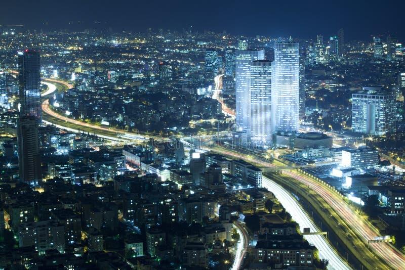 De Horizon van Tel Aviv bij Nacht stock afbeelding