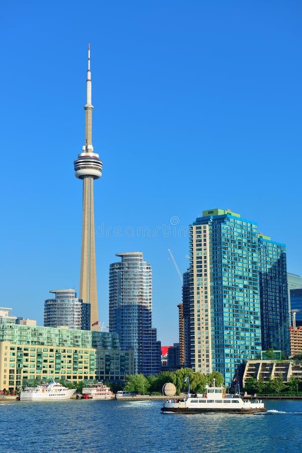 De horizon van Toronto in de dag stock afbeeldingen