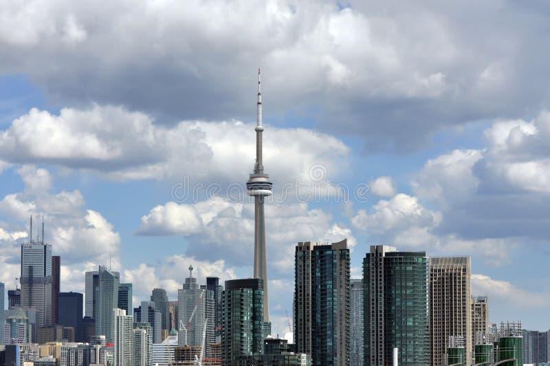 De horizon van Toronto met CN Toren royalty-vrije stock afbeeldingen