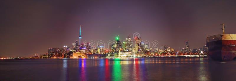 De Horizon van Toronto in Motie stock afbeeldingen