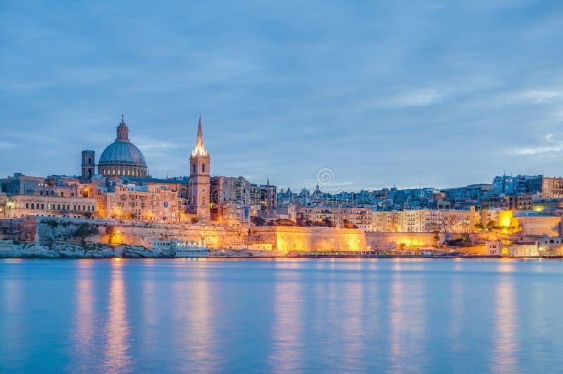 De horizonmening van de Vallettastrandboulevard, Malta stock foto's