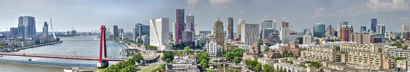 De horizonpanorama van Rotterdam royalty-vrije stock afbeelding