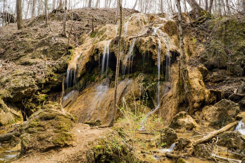 De horizontale Waterval van de Meningstravertijn royalty-vrije stock afbeeldingen