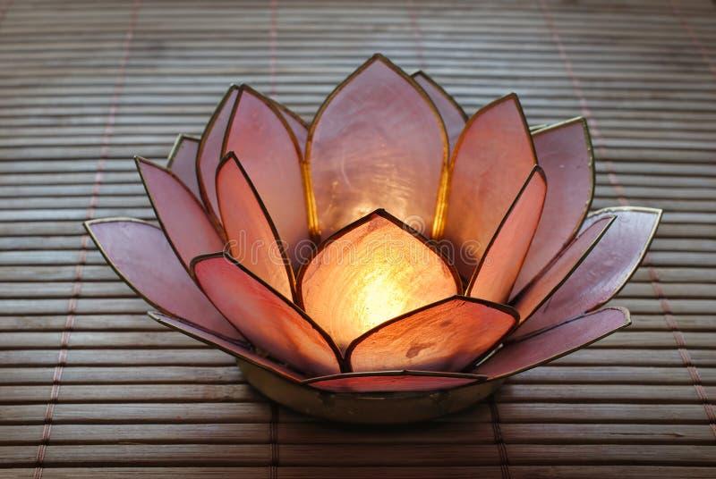 De Houder van de Kandelaar van Lotus royalty-vrije stock foto's