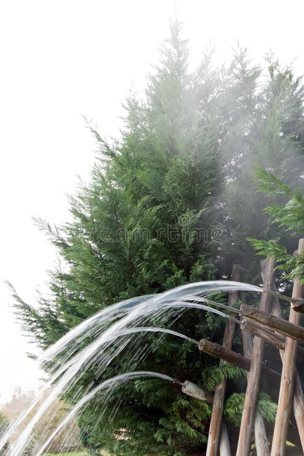 De houten Bron van het Water   stock foto's