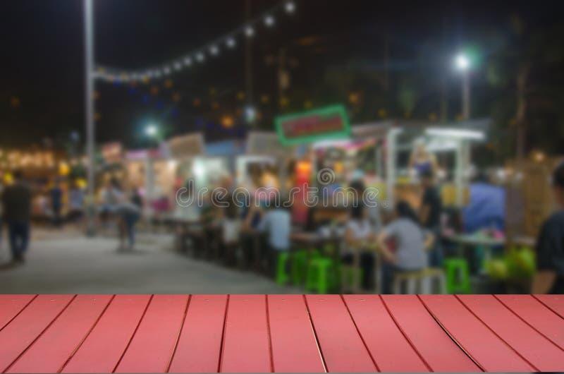 de houten hoogste vrachtwagen van het het Festivalvoedsel van het lijstonduidelijke beeld stock foto's