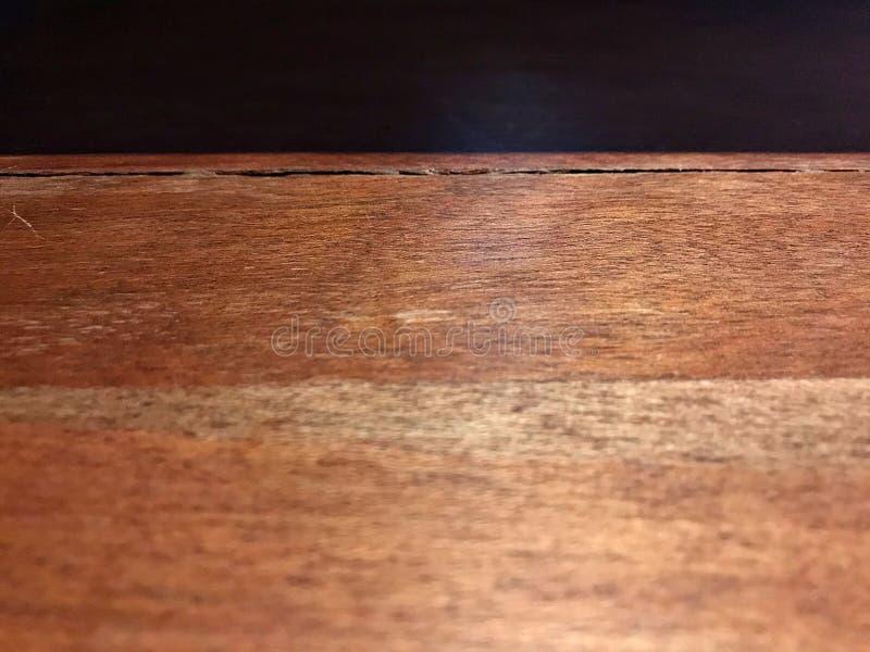 De houten lijst en de schaduw royalty-vrije stock foto